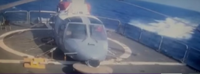 houthi-speed-boat-just-before-it-explodes